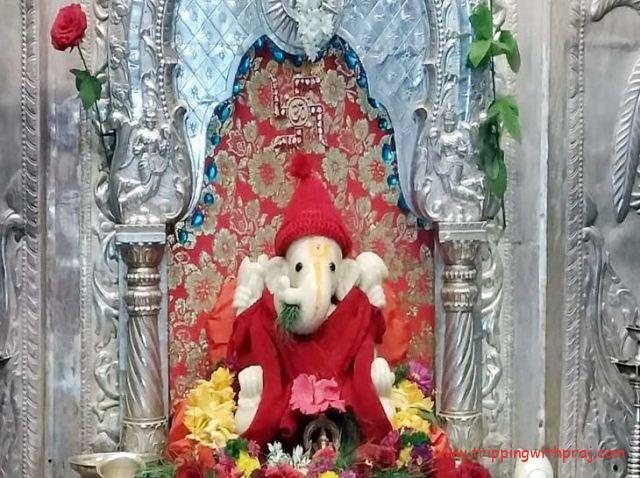 Places to visit in Pune - Sarasbaug Ganesh Idol