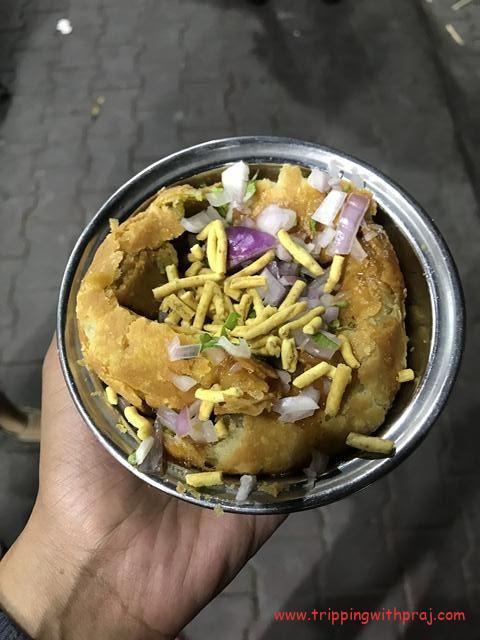 Pyaz ki Kachori with Indori Sev topping