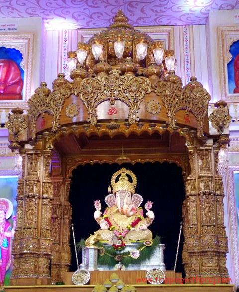 Places to visit in Pune - Shreemant Dagdusheth Halwai Ganpati