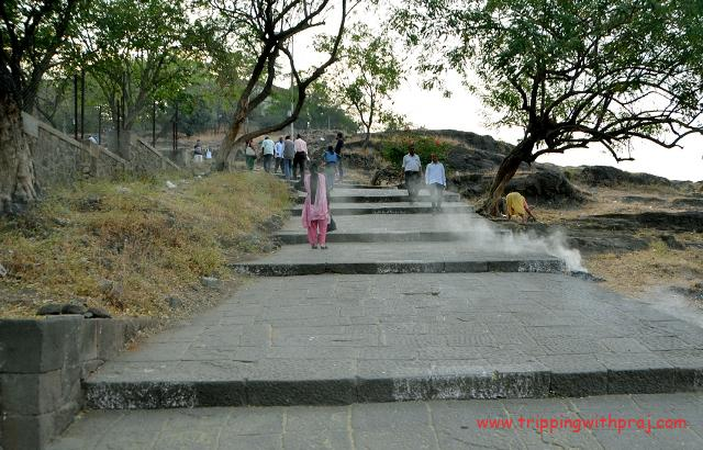 Parvati Hill - Stepped pathway to the hilltop