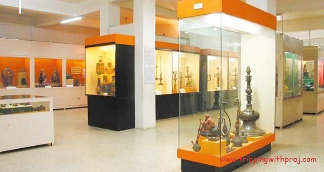 Places to visit in Pune - Raja Dinkar Kelkar Museum - Artefacts at display