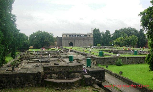 Places to visit in Pune -  Shaniwar Wada Inner view