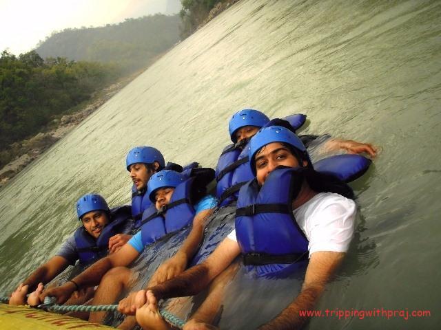 Kolad River Rafting - Getting back on the raft